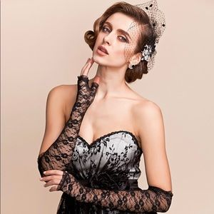 NWT Lace Opera Length Gloves